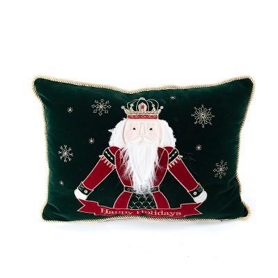 Poduszka dekoracyjna dziadek do orzechów z napisem Merry Christmas– butelkowa zieleń   45 x 33 cm
