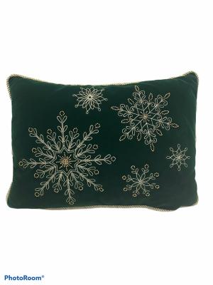 Poduszka dekoracyjna Snow– butelkowa zieleń   45 x 33 cm