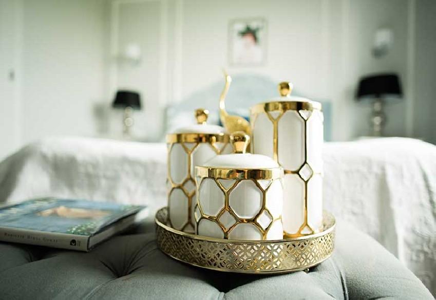 Pojemnik dekoracyjny white-gold Home Decoration